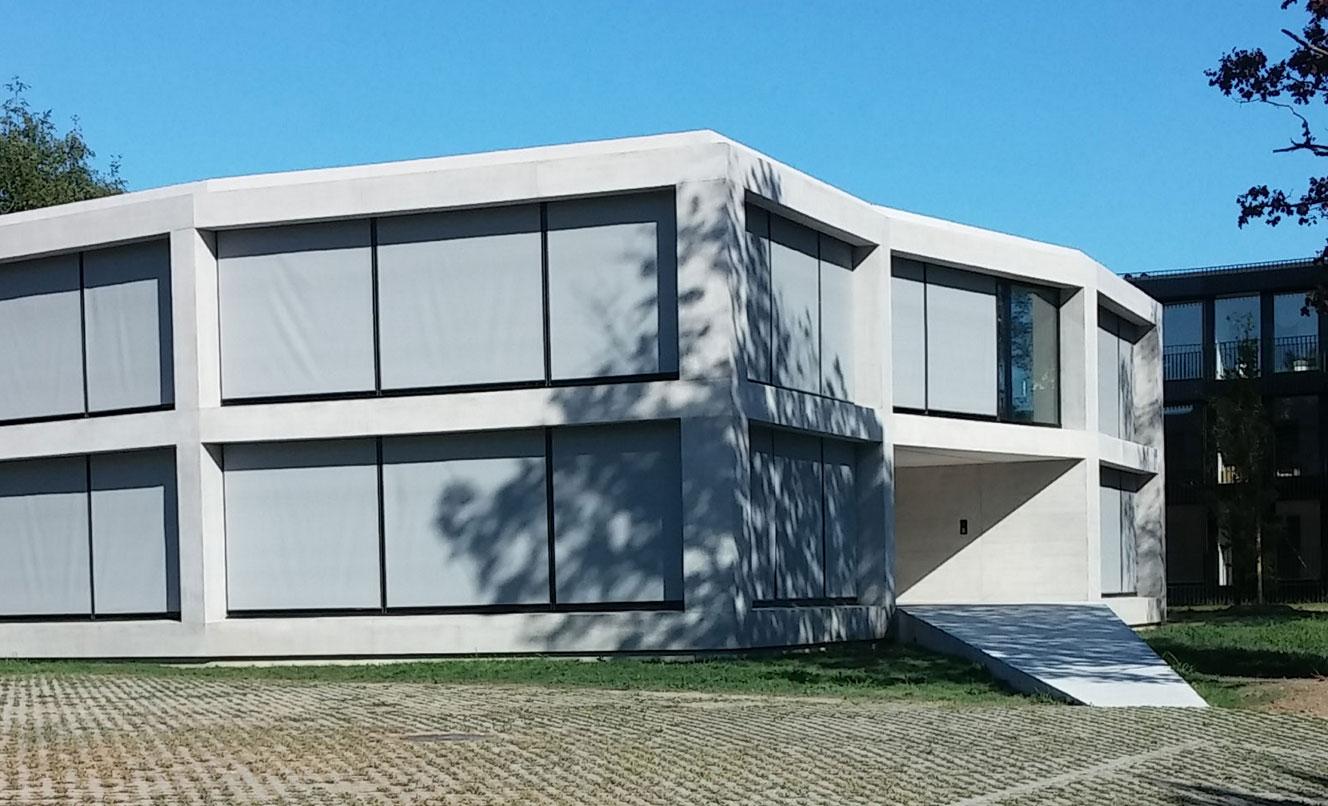 Bâtiment de bureaux – ST-SULPICE – SUISSE